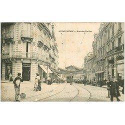 carte postale ancienne 16 ANGOULEME. Rue des Halles Pharmacie 1905