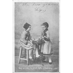 ENFANTS série de 5 Cpa sur le Baiser entre frère et soeur 1905