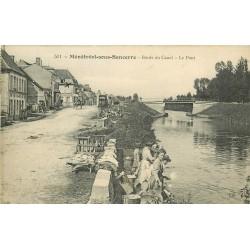 18 MENETREOL-SOUS-SANCERRE. Le Pont avec Lavandières sur les Bords du Canal 1920