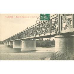 58 COSNE. Ouvriers sur le Pont du Chemin de Fer du P.O 1910