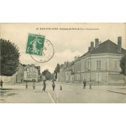 10 BAR-SUR-AUBE. La Gendarmerie sur le Faubourg de Paris 1911 publicité biscuits Lulu