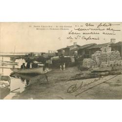 33 ARCACHON. Ile aux Oiseaux baraques de Pêcheurs d'Huîtres 1903