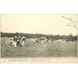 carte postale ancienne 16 Camp de BRACONNE. Artillerie et Soldats 1904