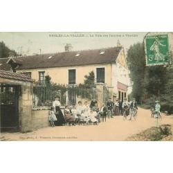 95 NESLES-LA-VALLEE. La Villa des Familles à Verville vers 1910