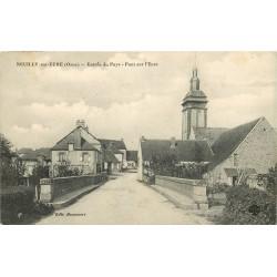 61 NEUILLY-SUR-EURE. Pont sur l'Eure à l'Entrée du Pays vers 1910