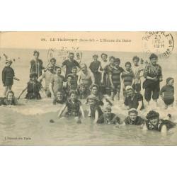 76 LE TREPORT. L'Heure du Bain avec Maîtres nageurs 1913