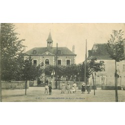 64 PARDIES-MONEIN. La Mairie 1908