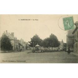 37 DAME-MARIE. La Place avec son Puits 1921