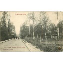 94 VILLIERS-SUR-MARNE. Animation avenue du Lac au Bois de Gaumont 1906