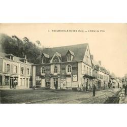 27 BEAUMONT-LE-ROGER. Hôtel de Ville et Quincaillerie