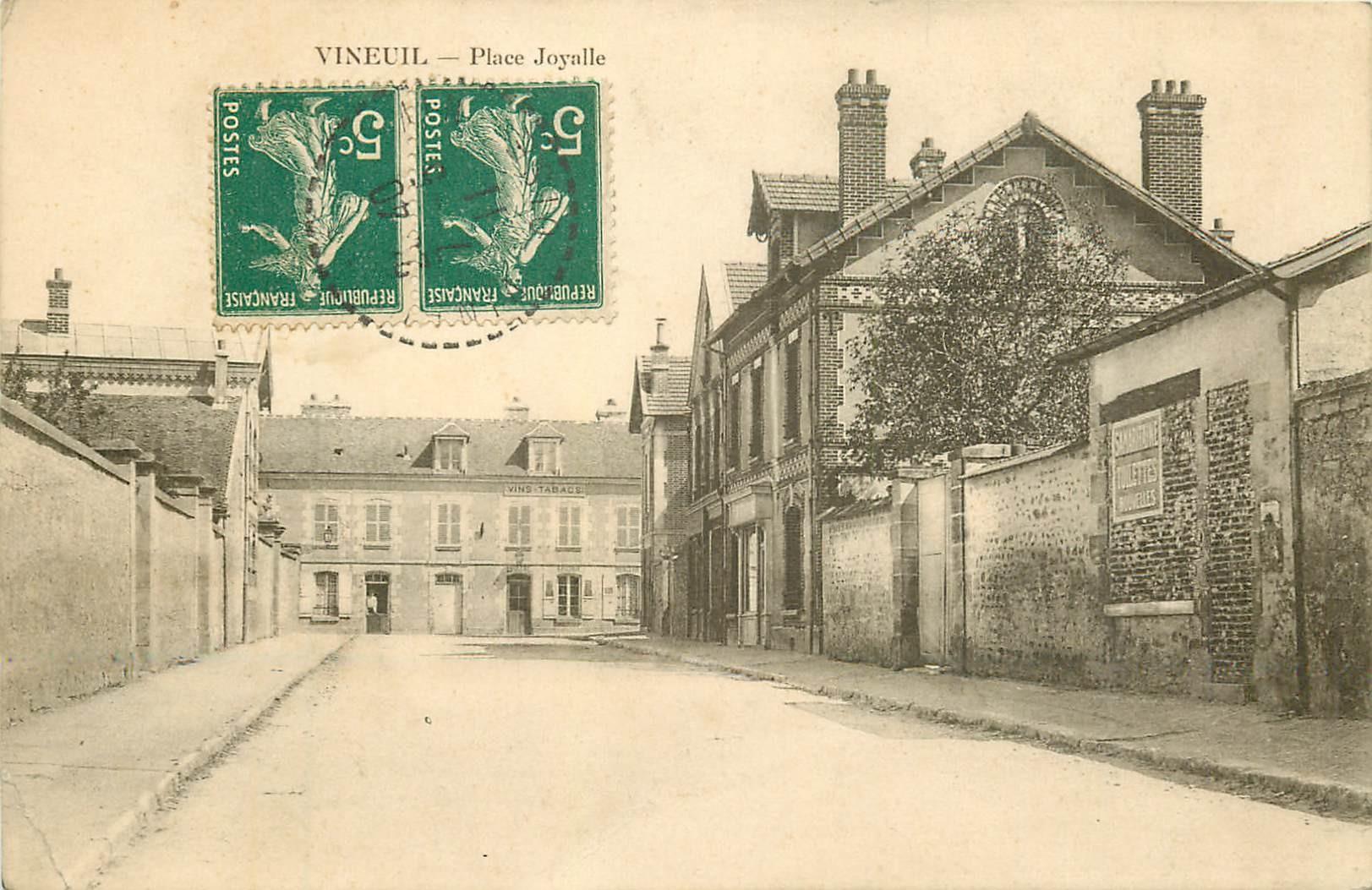 41 VINEUIL. Place Joyalle 1911