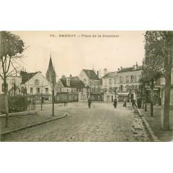 91 BRUNOY. Place de la Jeunesse Epicerie de la Mairie, Coiffeur et Tailleur