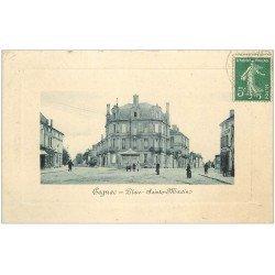 carte postale ancienne 16 COGNAC. Place Saint-Martin. Papiers Peints Mariau