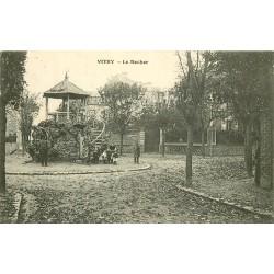 94 VITRY-SUR-SEINE. Le Rocher belle animation vers 1909