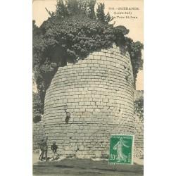44 GUERANDE. Animation au pied de la Tour Saint-Jean 1922