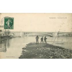 13 TARASCON. Pêcheurs au Carrelet près du Pont P-L-M 1908