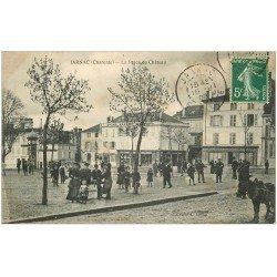 carte postale ancienne 16 JARNAC. La Place du Château 1908