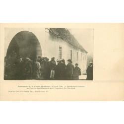 38 Evènements de la Grande Chartreuse en 1903. Manifestants entrant au Couvent après expulsion des Chartreux