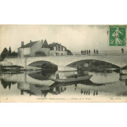 37 CORMERY. Barque de Pêcheurs sur l'Indre et spectateur sur le Pont 1916
