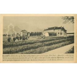 38 GRENOBLE Faubourg des Iles de Seyssinet avec une Ecole