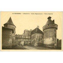 carte postale ancienne 16 LA COURONNE. Oisellerie Ecole d'Agriculture Carte émaillographie vers 1910