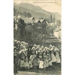 73 SAINT-COLOMBAN-DES-VILLARDS. Représentantes lors de la fête du Costume Savoyard 1916