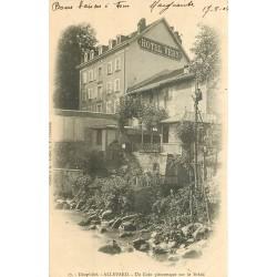 38 ALLEVARD. Un Coin pittoresque sur le Bréda avec Hôtel Véry 1904 et personnage dans les arbres