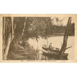 95 CHAPONVAL. Un coin de pêche avec Pêcheur sur barque
