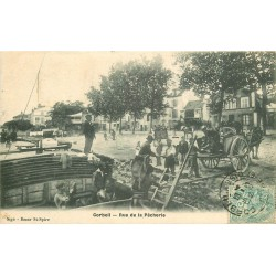 91 CORBEIL. Déchargement d'une Péniche rue de la Pêcherie 1906
