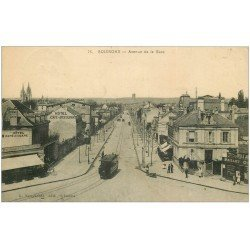 carte postale ancienne 02 SOISSONS. Tramway avenue de la Gare 1914. (carte gondolée)...