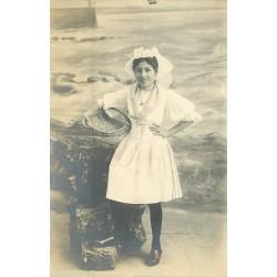 85 LES SABLES D'OLONNE. Jeune Sablaise Photo Cpa 1912