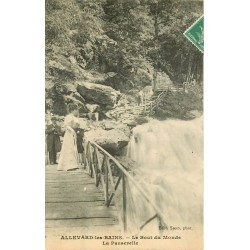 38 ALLEVARD-LES-BAINS. La Passerelle au Bout du Monde 1909