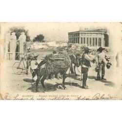 64 BIARRITZ. Espagnols marchands vendant des Alcaraza vers 1900