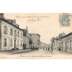 95 MAGNY-EN-VEXIN. Gendarmerie rue de Crosne 1906