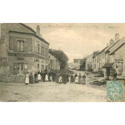 77 NEUFMONTIERS. Epicerie Tabac Mercerie Place et rue Dosière 1906