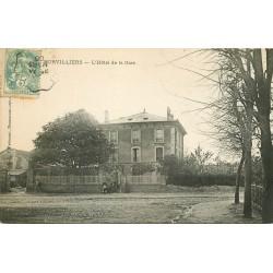95 SURVILLIERS. Hôtel de la Gare 1906 avec son personnel