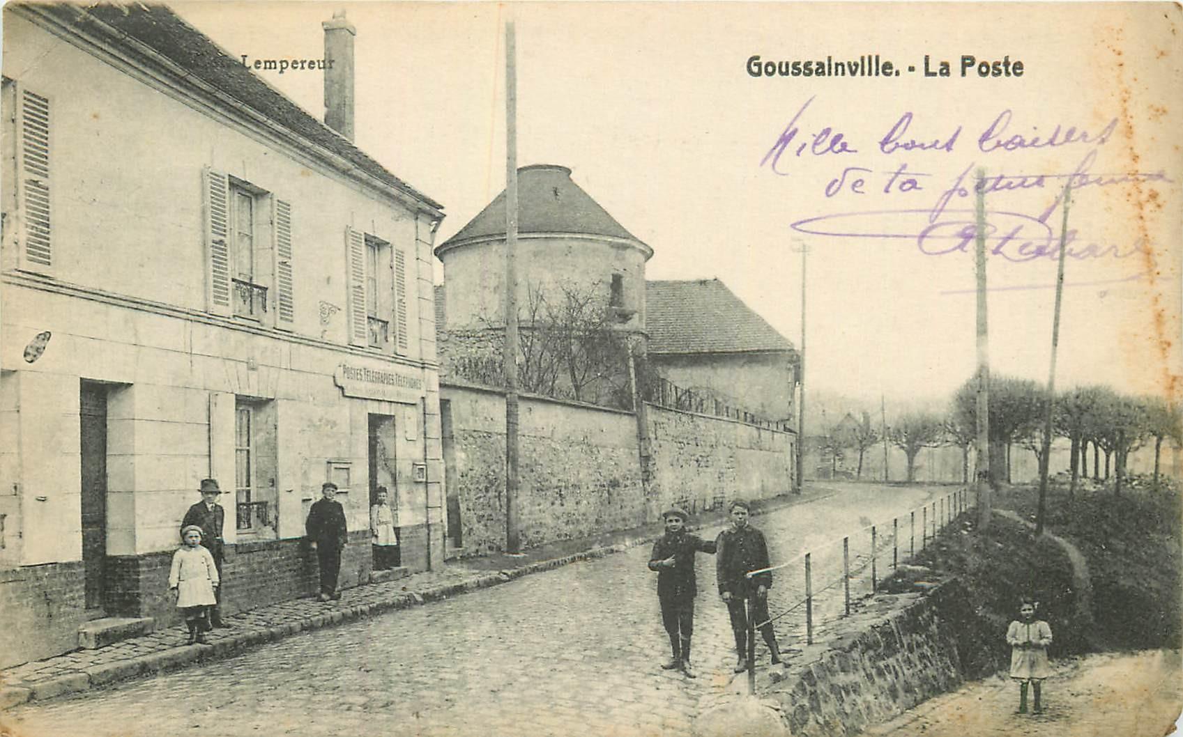 95 GOUSSAINVILLE. La Poste et le Vieux Colombier à l'entrée du Village 1917