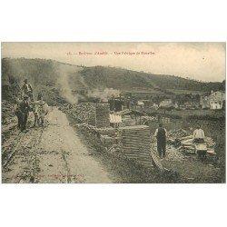 carte postale ancienne 66 AMELIE-LES-BAINS. Une Fabrique de Douelles. Bois pour les tonneaux