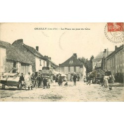 21 CHAILLY. La Place un jour de Foire avec Brocanteurs et Epicerie 1913