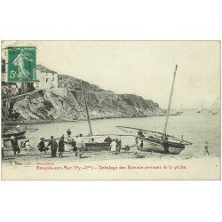 carte postale ancienne 66 BANYULS-SUR-MER. Déhalage des Bateaux arrivant de la Pêche vers 1911