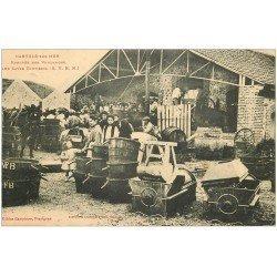 carte postale ancienne 66 BANYULS-SUR-MER. Rentrée des Vendanges aux Caves Bartissol. Pressoirs et tonneaux