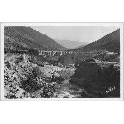 carte postale ancienne 66 CERDAGNE. Tours de Carol et Viaduc sur le Rio. Carte photo