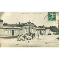 33 MACAU. La Mairie et les Ecoles vers 1913