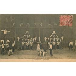 SAPEURS POMPIERS de Paris. Les Pyramides pendant la Gymnastique et Entrainement 1907