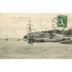 33 BLAYE. Estacade et Gare avec bateau de Pêcheurs 1913