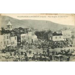 12 VILLEFRANCHE-DE-ROUERGUE. Jour de Foire Place Savignac 1916
