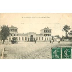 95 GONESSE. Attelages Place de la Gare