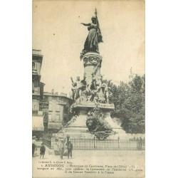 84 AVIGNON. Monument Centenaire Place Hôtel de Ville 1918
