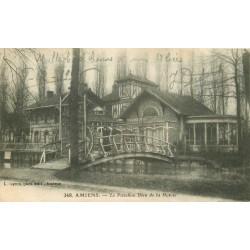80 AMIENS. Pavillon Bleu de la Hotoie femmes sur le pont en bois 1915