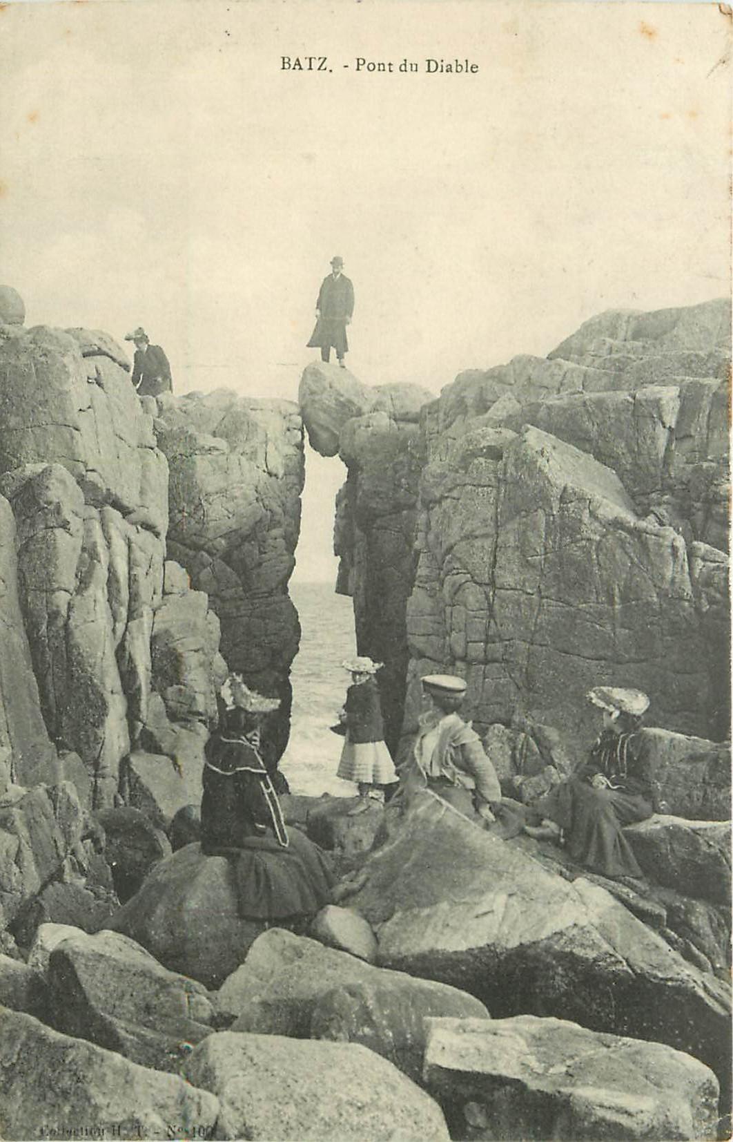 44 BATZ. Personnages sur et sous le Pont du Diable 1908